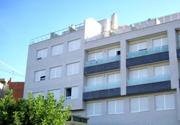Edificio en Villamarchante (Valencia), 97 viviendas en la calle Antonio Sanchez Quirant